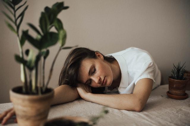 CBD olie (Cannabisolie) mod søvnløshed